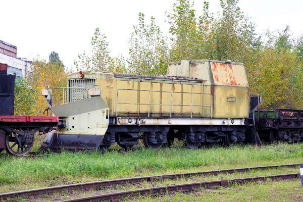 Тепловоз ТГМ40С на тележках от вагона-рефрижиратора